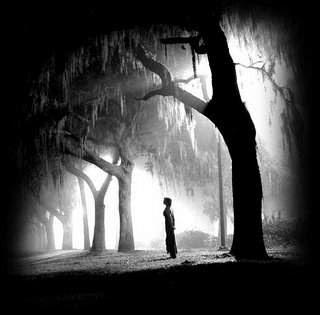 الراحلون alone2[1].jpg